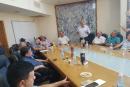 المتابعة تعقد اجتماعا طارئا في قلنسوة بعد تكثيف جرائم تدمير بيوت