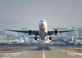مُسافرة تُربك طائرة قبل إقلاعها.. والسبب نداء الطبيعة!