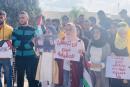 جنين: وقفة تضامنية مع المصور الصحفي معاذ عمارنة في العربية - الامريكية