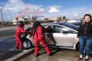 افتتاح أول مغسل سيارات سوري للجنس اللطيف بطاقم نسائي