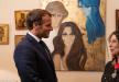 فيروز تهدي الرئيس الفرنسي لوحة فنية والأخير يمنحها أعلى وسام في بلده