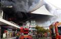 حريق هائل في مبنى مكس بالخضيرة