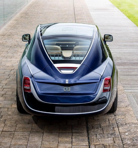 اليكم، السيارة الأغلى في العالم وبنسخة واحدة فقط