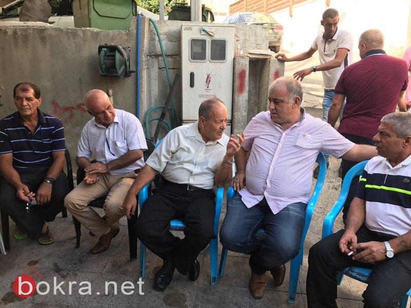 سخنين تبدا نشاط فعاليات ذكرى هبة القدس والاقصى بزيارة عائلات ذوي الشهداء