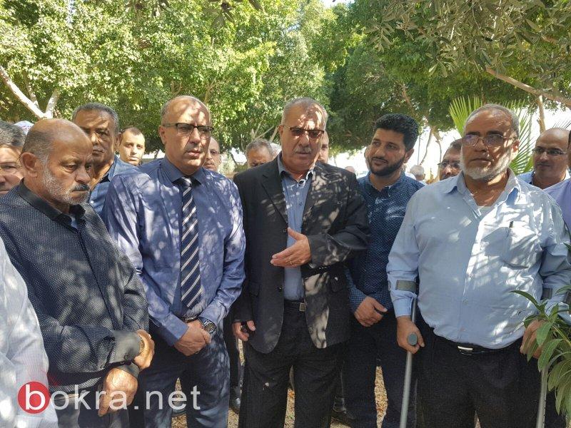 الجماهير العربية تُحيي ذكرى شهداء هبة القدس والاقصى بزيارة ضريح الشهيد رامي غرة