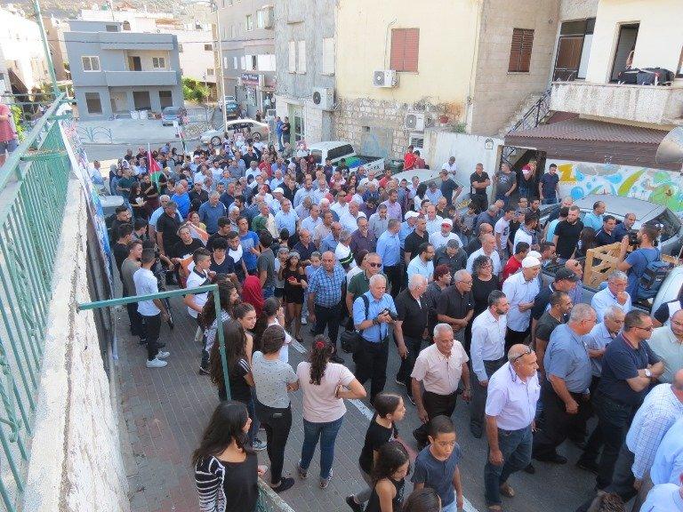 غنايم لـ بكرا: عدم اعلان الإضراب سبب المشاركة الهويلة في مسيرة الشهداء