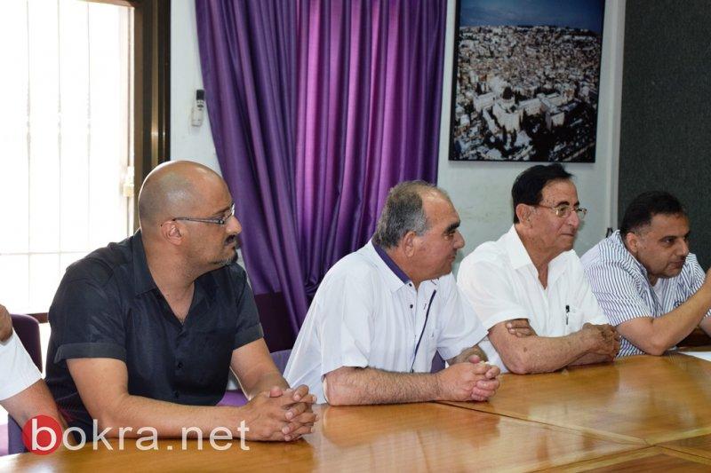 جوزيف شومر ابن الناصرة المغترب في ميامي يزور بلدية الناصرة