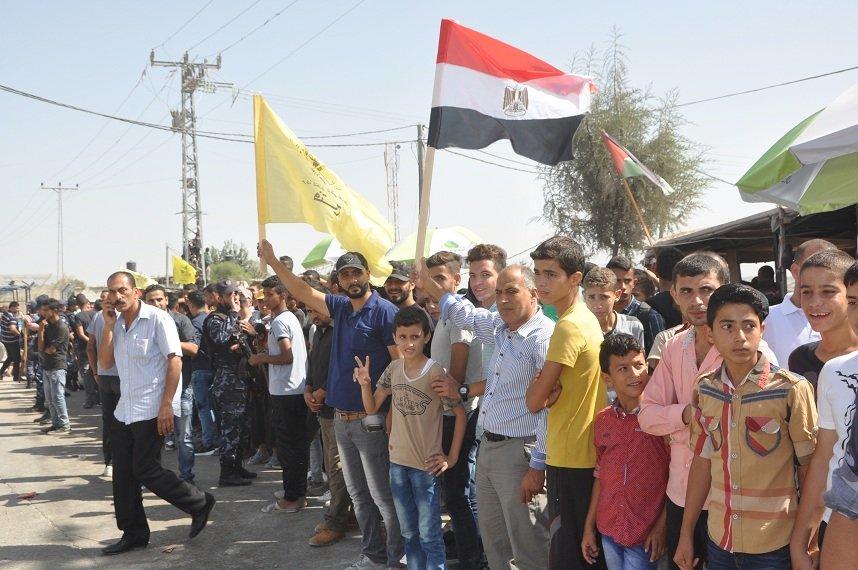 الحمد الله: تخفيف معاناة أبناء شعبنا في قطاع غزة من أولويات الحكومة