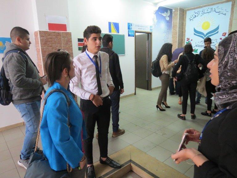 برعاية السّفارة الأمريكيّة: مؤتمر عام الأمم المتّحدة المصغّر ينعقد في البشائر