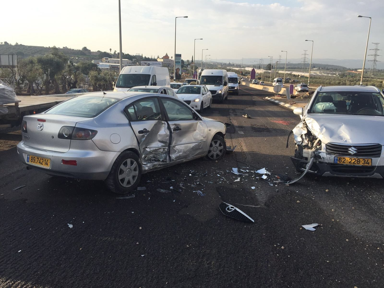 4 إصابات بحادث طرق على مفترق منتزه طمرة