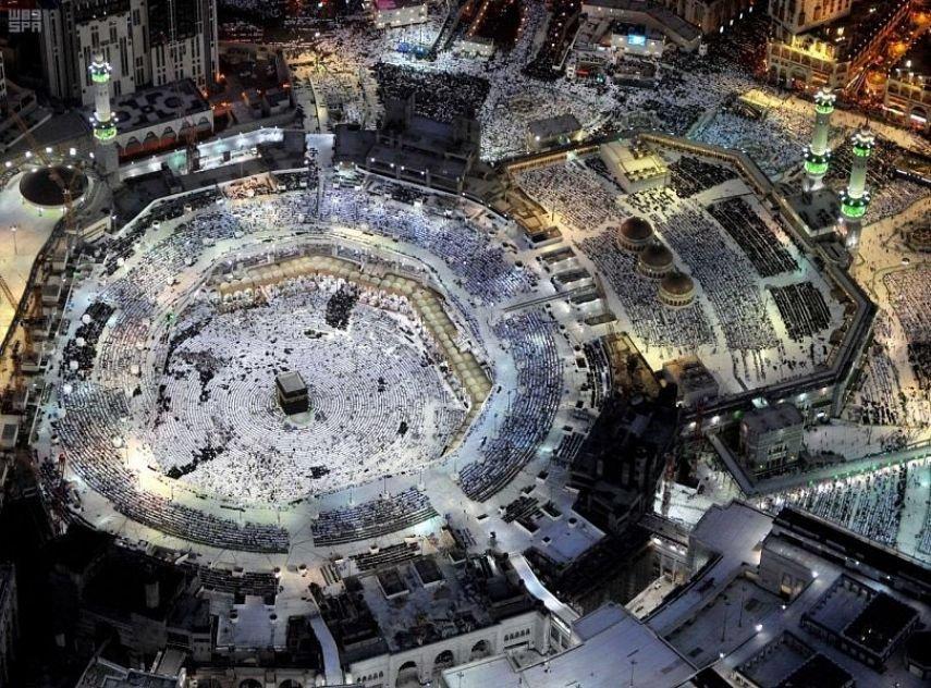 هكذا تبدو مكة المكرمة.. من علو 1000 متر