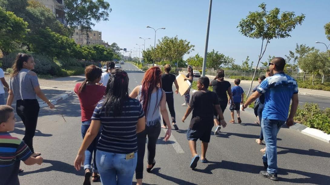 احتجاجات سكان حيفا الشرقية في شارع الموت لم تتوقف