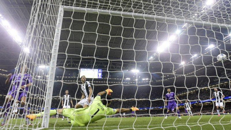 ريال مدريد يكتب التاريخ ويُحقق الأبطال للمرة الثانية على التوالي بعد