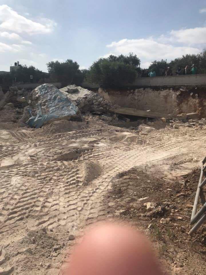 عرعرة: قوّات الشرطة تهدم مخزنا بحجّة بناء غير قانوني