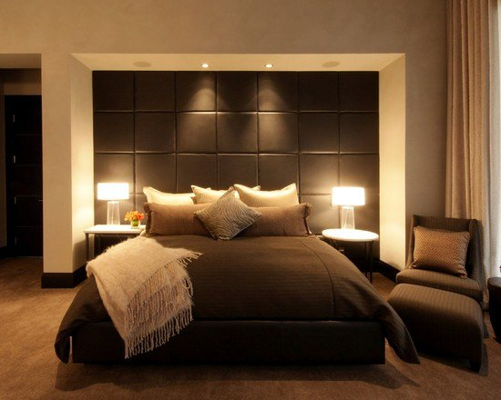 البساطة عنوان موضة غرف النوم المودرن هذا العام