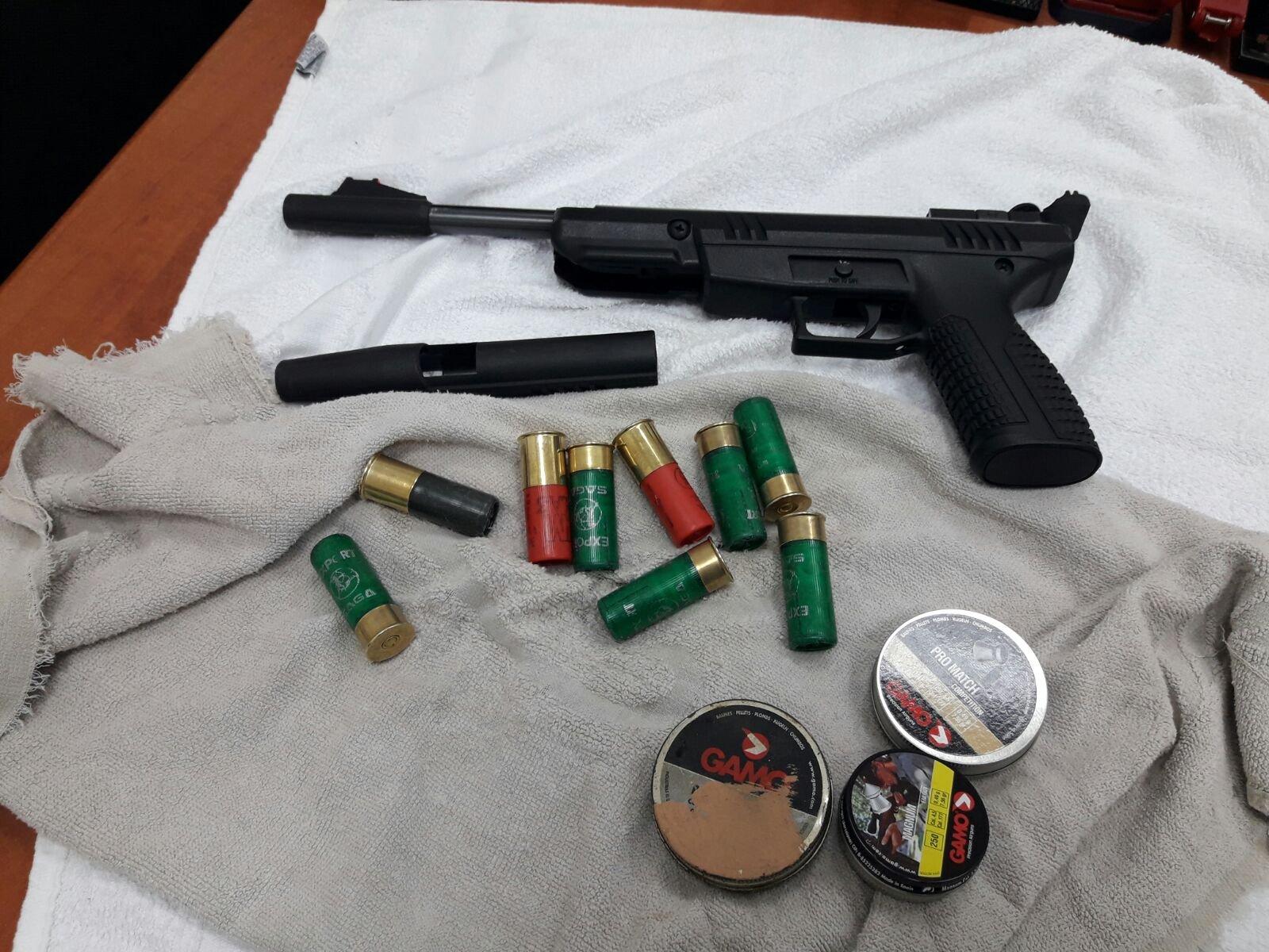 منذ بداية العام: اعتقال 115 مشتبها بحيازة واستخدام  للأسلحة