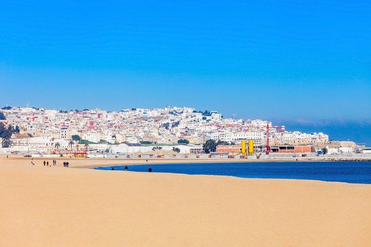 زيارة الى مدينة طنجة المغربية الساحرة بجمال طبيعتها 1695879725