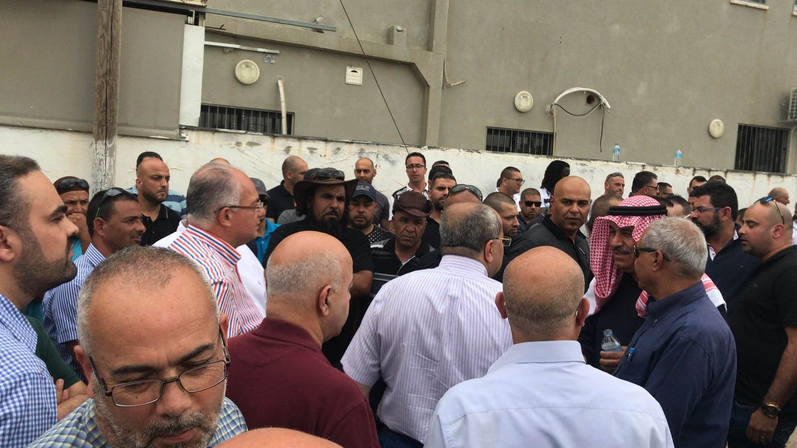 الطيبة: المئات في تشييع جثمان ايمن جابر