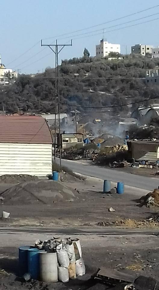 الجرافات الاسرائيلية تهدم خمسة معامل للفحم في يعبد بجنين