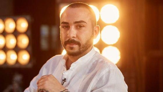 المصمم الفلسطيني ساهر عوكل يحجز مكانه في نهائيات برنامج بروجكت رانوي