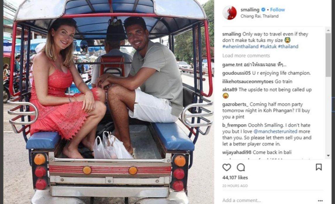 صور: سمولينغ وزوجته يستمتعان بالإجازة في تايلاند