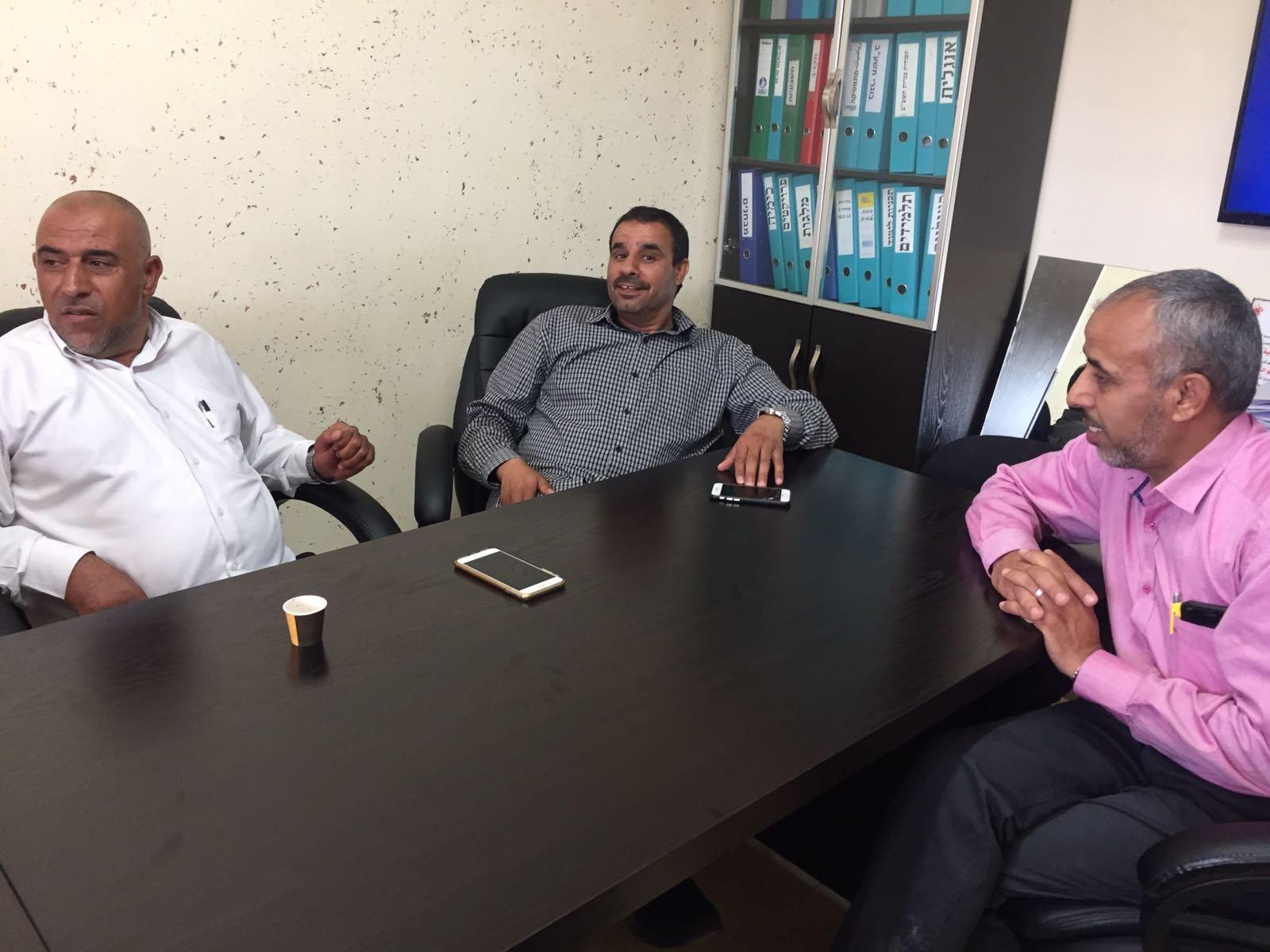 تشجيعا للتنافس والمدارس الأهلية .. النائب ابو عرار يفتتح السنة الدراسية في مدرسة عهد الأهلية للعلوم