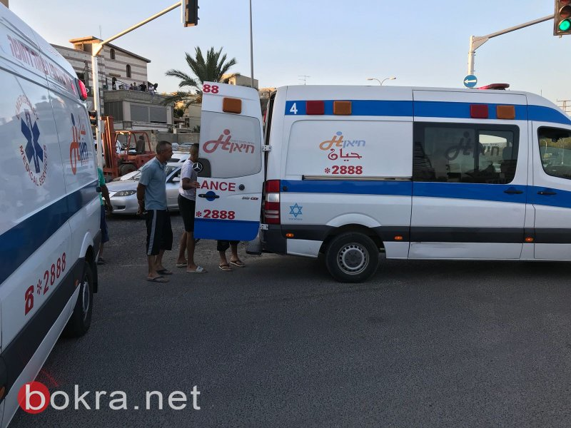 أربع اصابات متفاوتة من حادث طرق على مفرق قرية الجديدة المكر