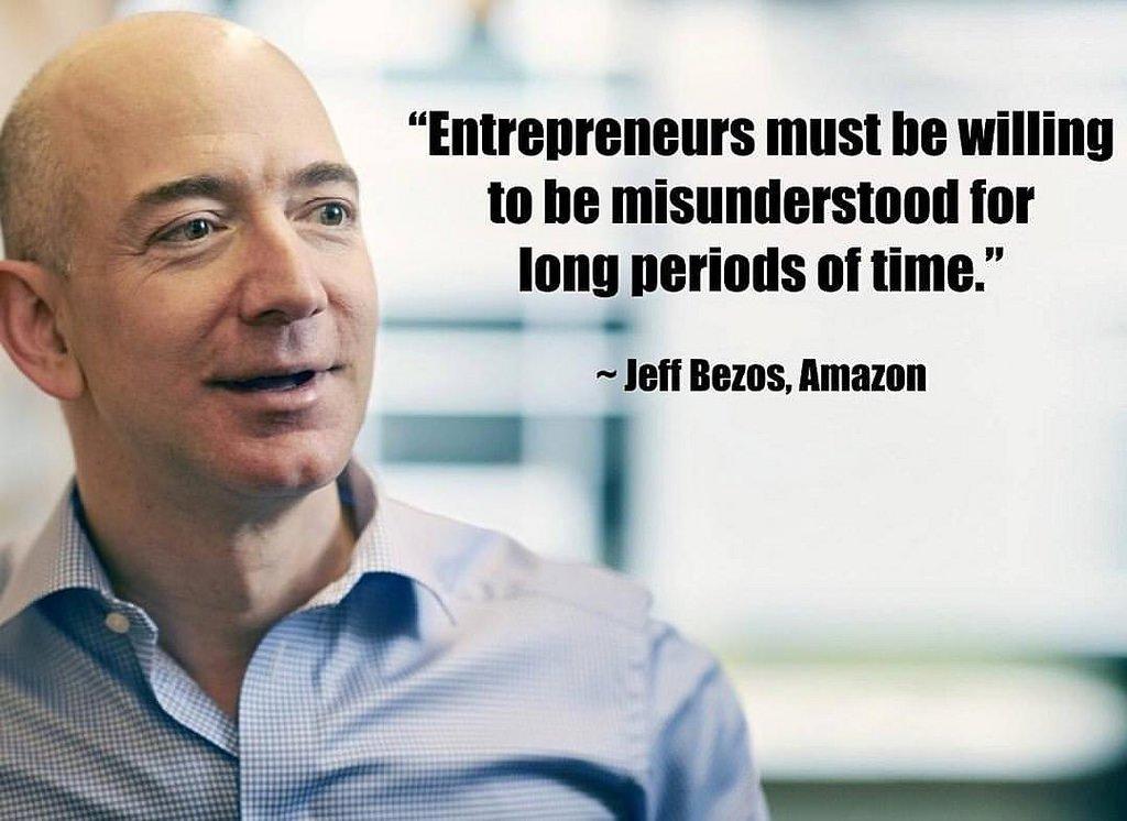 مؤسس أمازون يبيع أسهما بمليار دولار في أسبوع