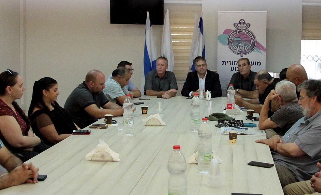 الجلبوع: جلسة هامة لحل قضية ملكية الأراضي بالقرى العربية ومكافحة جرائم الحقول