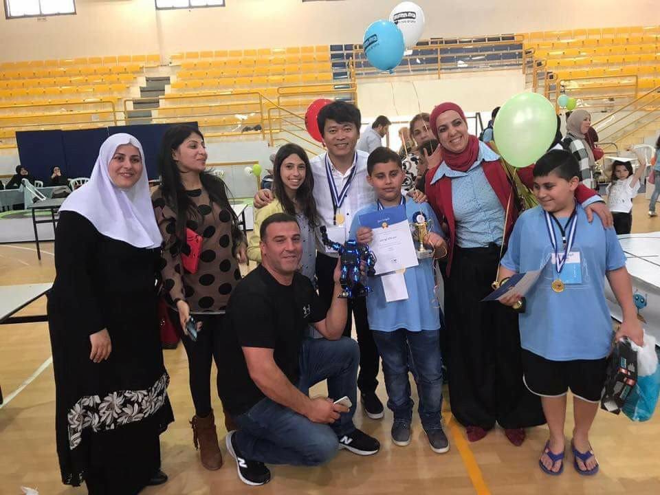 ادم خالد ابو جابر، طالب توحدّي يصل العالمية