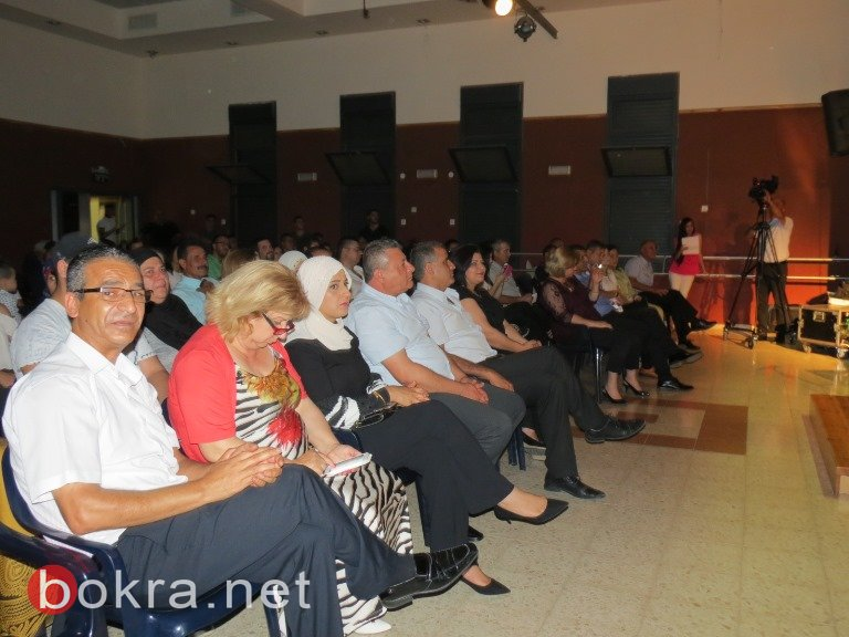 عرابة: فرقة شمس الاصيل تتألق على خشبة مسرح محمود درويش الثقافي