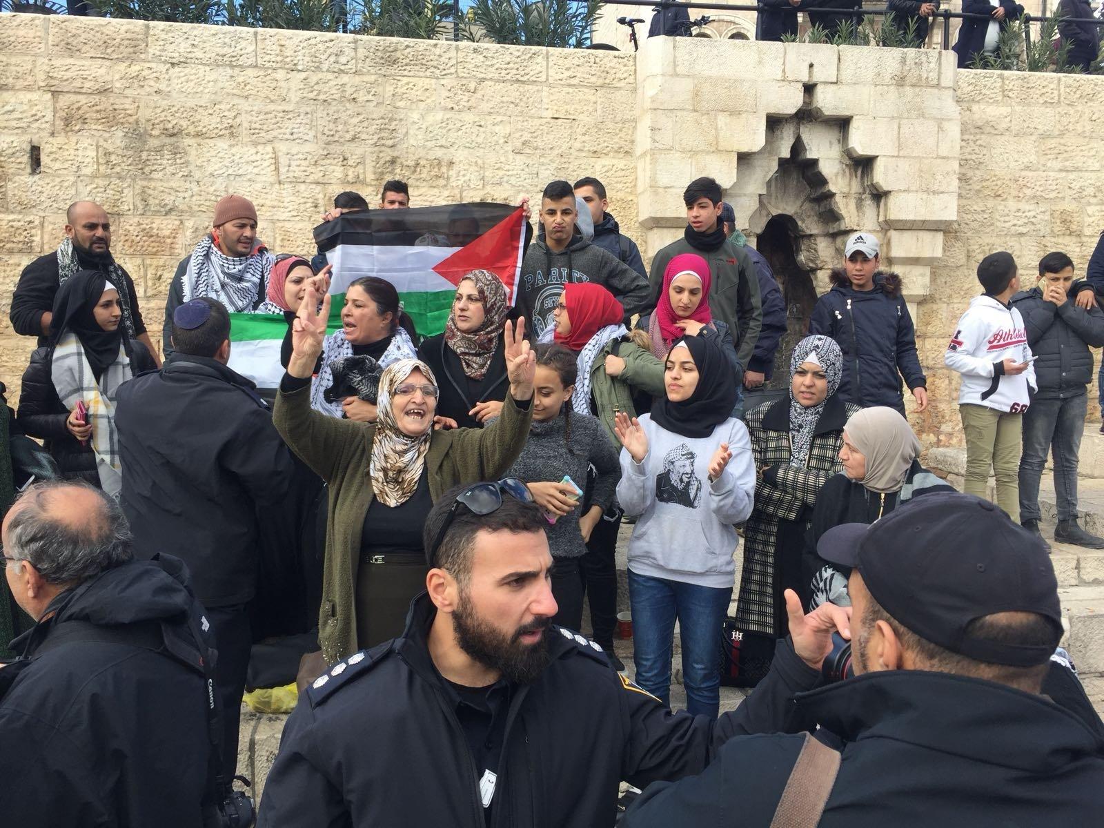 القدس: احتجاجات في باب العامود في أعقاب قرار ترامب