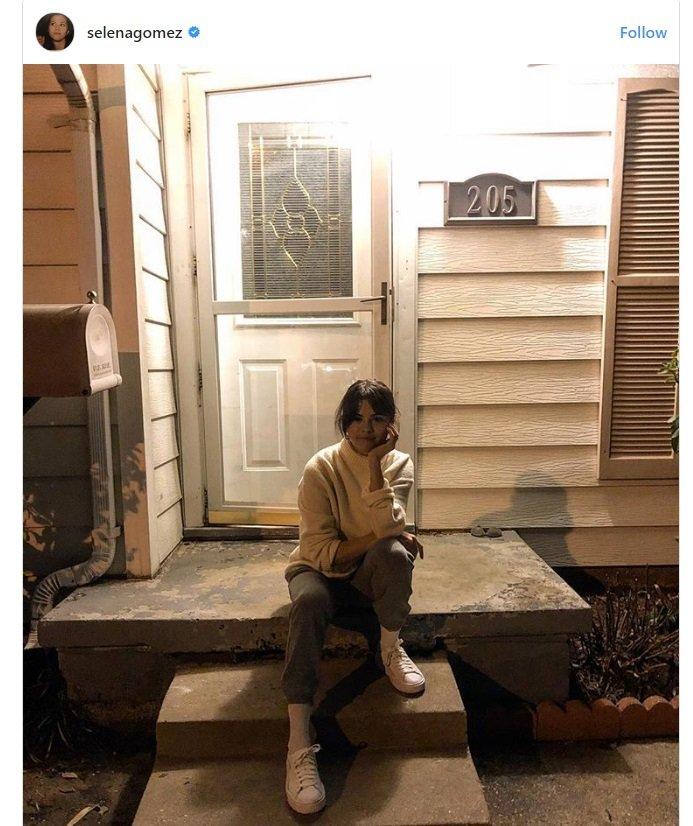 سيلينا جوميز تنشر صورة لمنزل الطفولة
