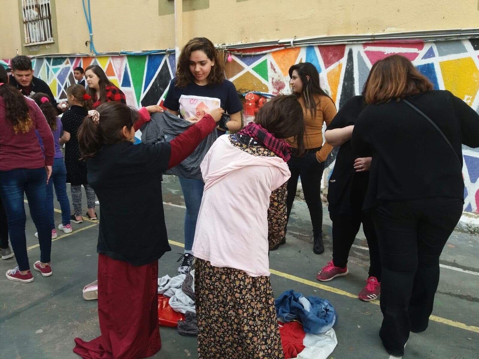 أفانين... جمعيّة خيرية تقدّس العطاء وتساعد المحتاجين