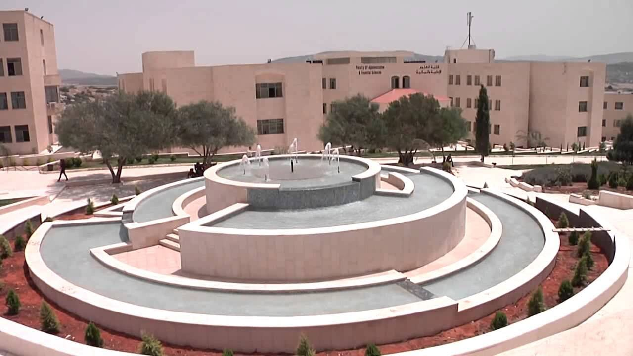 بعد اضراب استمر لأسبوع: انتظام الدراسة بالعربية الامريكية غدا الاثنين