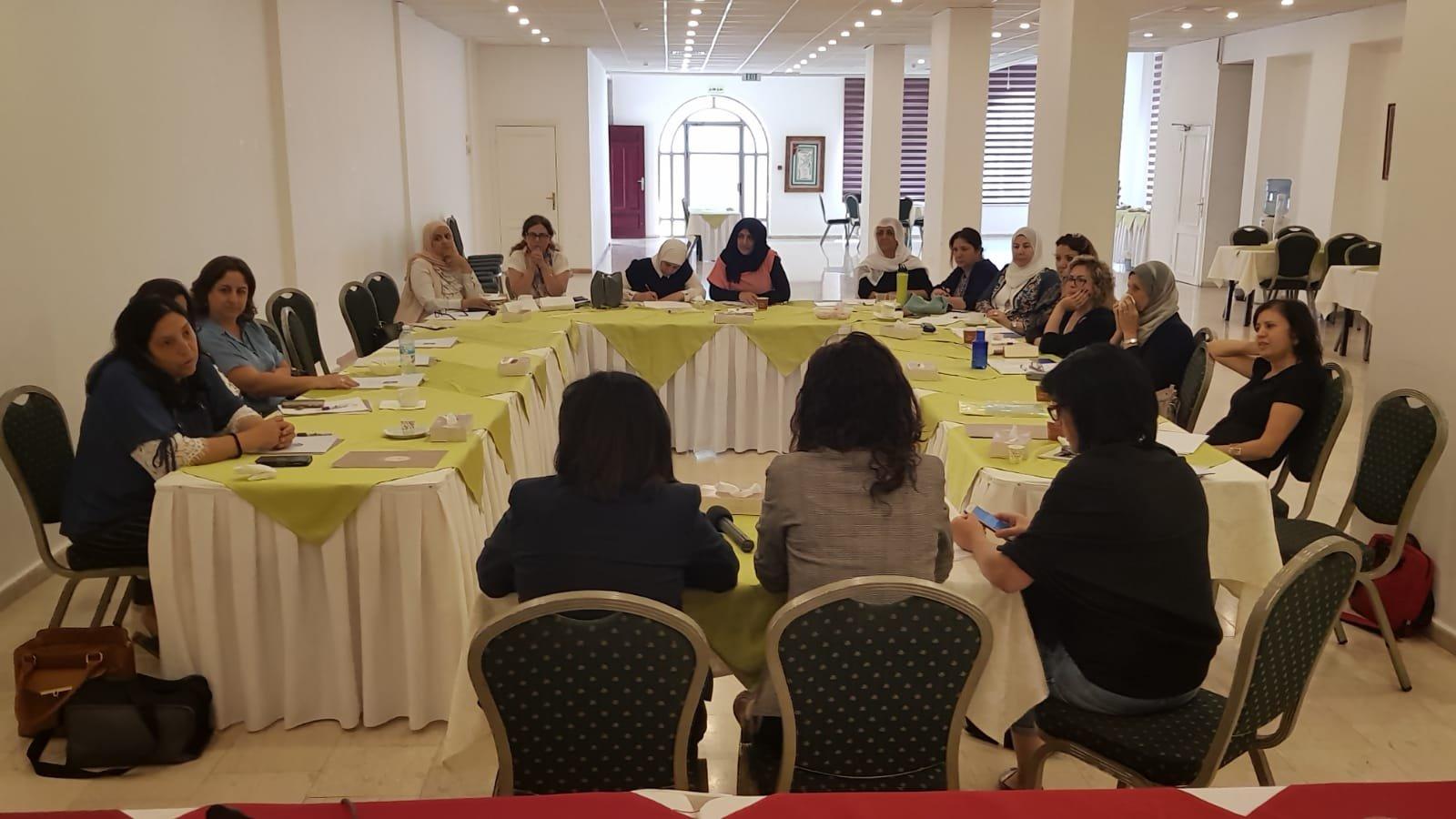 إعلام يختتم دورة نحو بناء استراتيجية إعلامية لمرشحات السلطات المحليّة