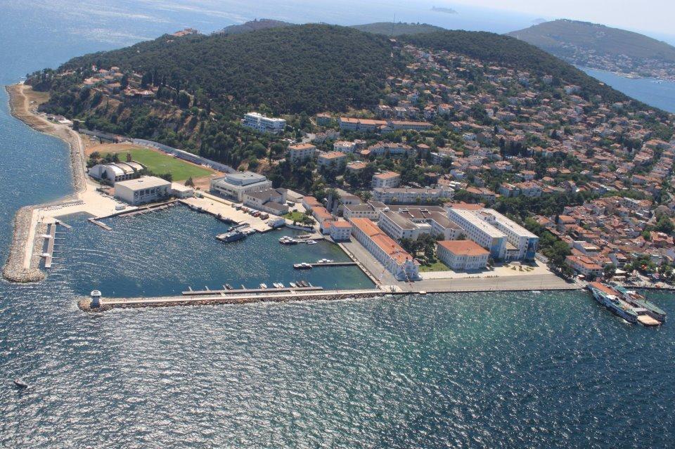 جزر الأميرات الساحرة... جنّة السياحة التركية! 940494481