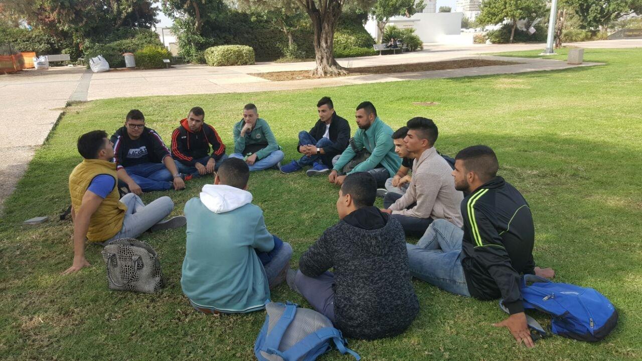 جامعة تل ابيب تفتح ابوابها للزيارات الطلابية في حرمها الجامعي