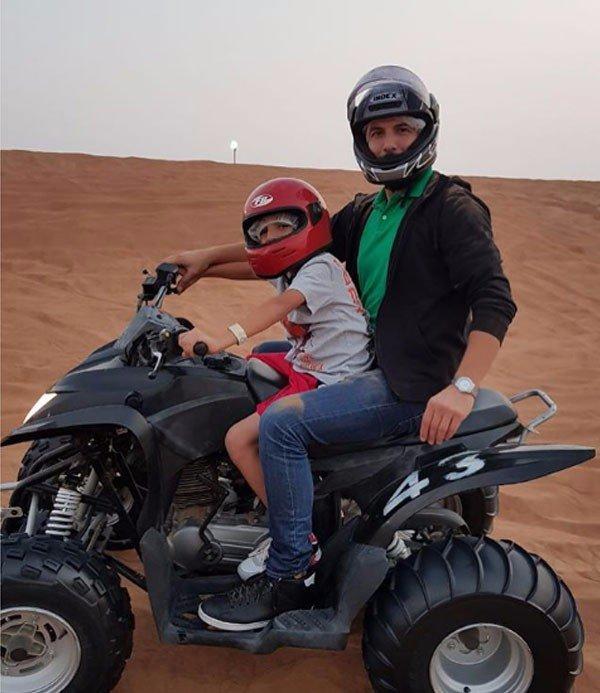باسل خياط في مغامرة مع ابنه في الصحراء