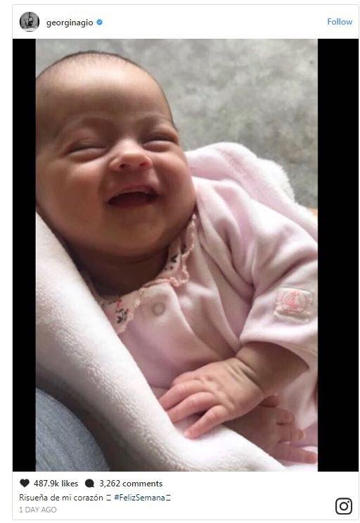 صديقة رونالدو تنشر صورة لابنتها.. كيف بدت؟!