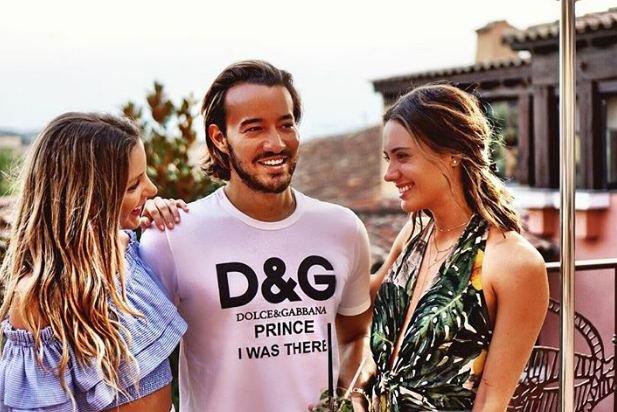 ممثلة شهيرة مع ملياردير تركي في ميكونوس اليونانية
