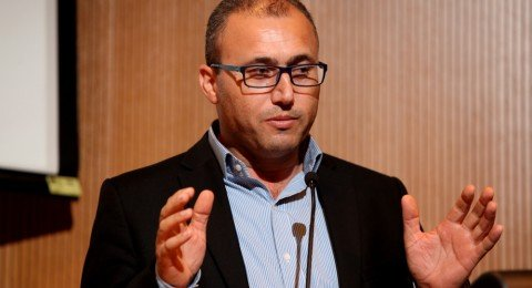 مركز إعلام والائتلاف لمناهضة العنصرية:يطالبون قناة 20بالاعتذار لأطباء الاسنان