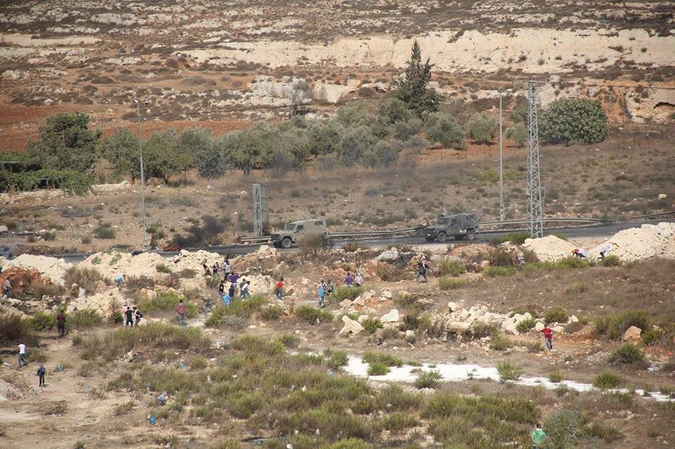 الصحة الفلسطينية: 7 إصابات نقلت لمجمع فلسطين جراء المواجهات المستمرة قرب بيت إيل شرق البيرة