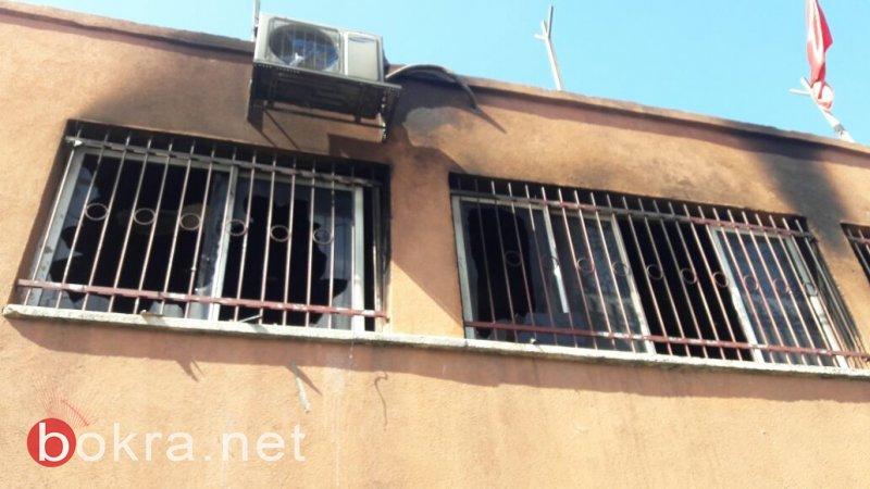 مجرمون يحرقون ويخربون نادي الحزب الشيوعي في عرابة