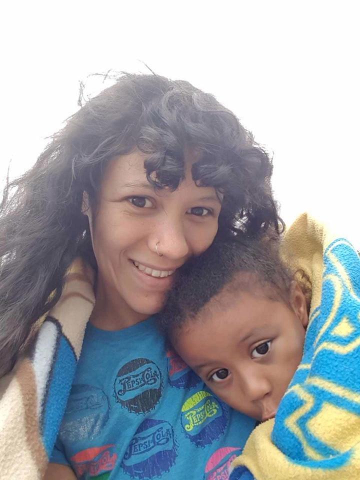 حاولت علاج إبنها من مرض التوحّد.. وماذا حصل مع الطفل!