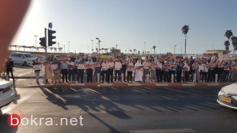 العشرات بوقفة للحركة الاسلامية أمام سافرة ميانمار في تل أبيب