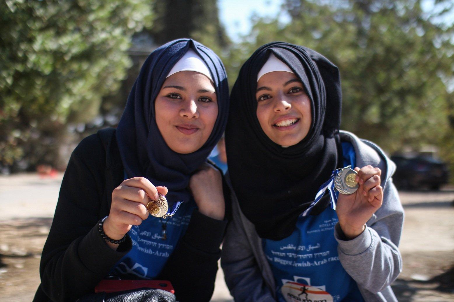 700 عداء شارك في السباق الدولي في القدس