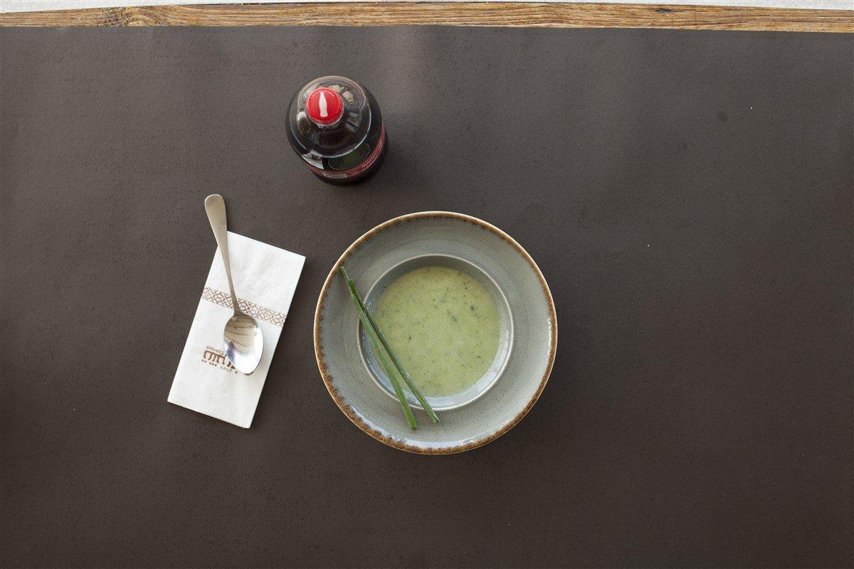 طبختنا بُـكرا: شوربة البروكلي والبصل الاخضر