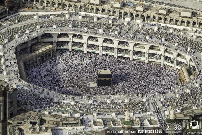 مع انتظار ليلة القدر.. شاهد الأجواء الإيمانية من المسجد الحرام