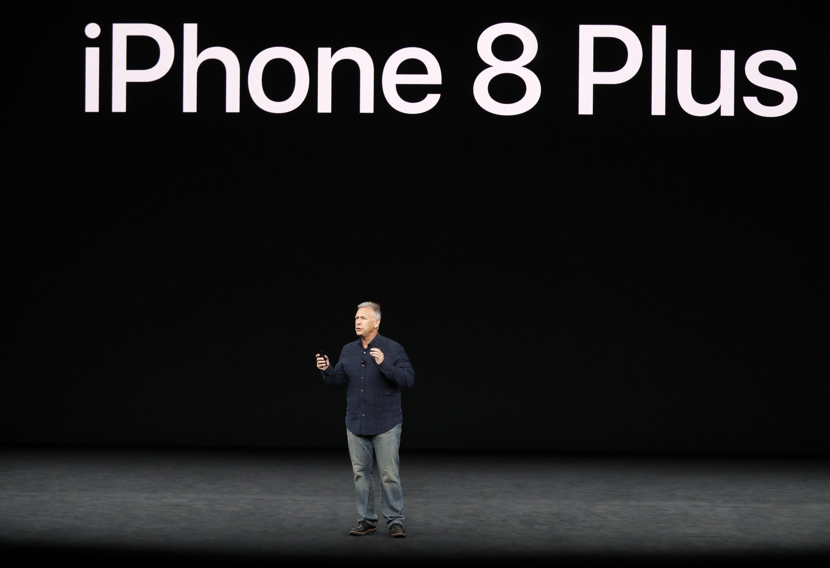 أبل تطلق آيفون 8 وآيفون 8 بلس.. تعرّف على الميزات